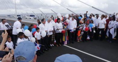 Abre al tránsito vehicular Puente Atlántico construido por el Canal de Panamá